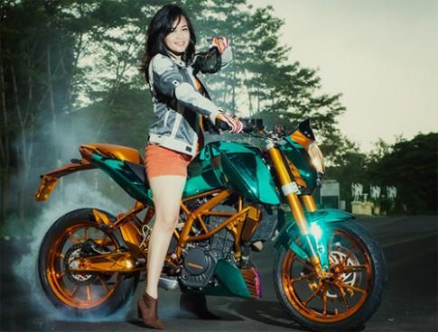 Nguoi dep cua lang choi moto Indonesia