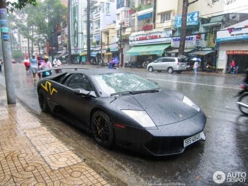 Nhung bai bao nuoc ngoai viet ve xe Viet 2013