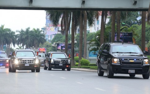 Nhung SUV bi an trong doan xe tong thong My tai Viet Nam