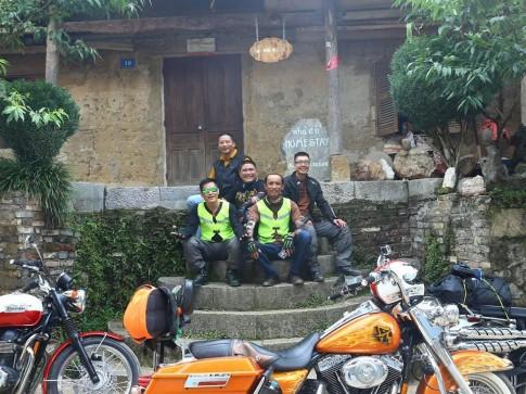 Phuot thu di moto cam nhan: ve dep hoang so cua manh dat Cao Nguyen Da Dong Van