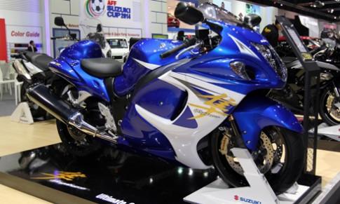 Suzuki nang cap 'than gio' Hayabusa 2015
