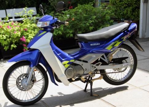 Suzuki RG Sport chua do xang o Viet Nam