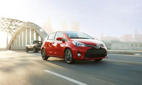Toyota Yaris 2015 nang cap gia tu 14.800 USD