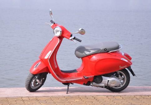 Vespa va Honda SH - cuoc chien phong cach