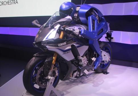 Yamaha phat trien robot lai moto