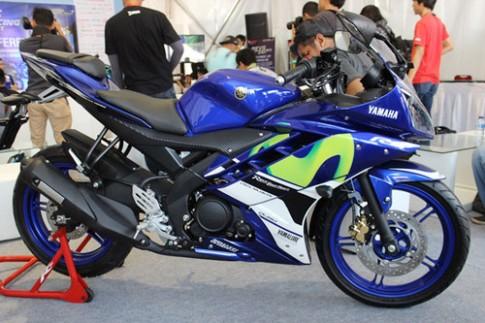 Yamaha R15 va R25 them ban dua MotoGP 2015