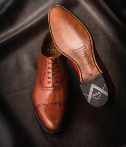 2 kiểu giày Oxfords nổi bật cho nam của Regal