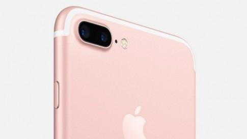 Ong kinh tele camera iPhone 7 Plus 'vo dung' khi chup thieu sang