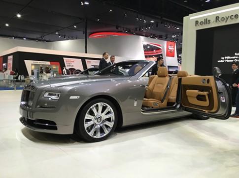 Rolls-Royce Dawn gia 1 trieu USD tai Dong Nam A