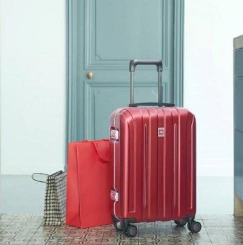 Sắm vali hàng hiệu cho mùa du lịch Tết