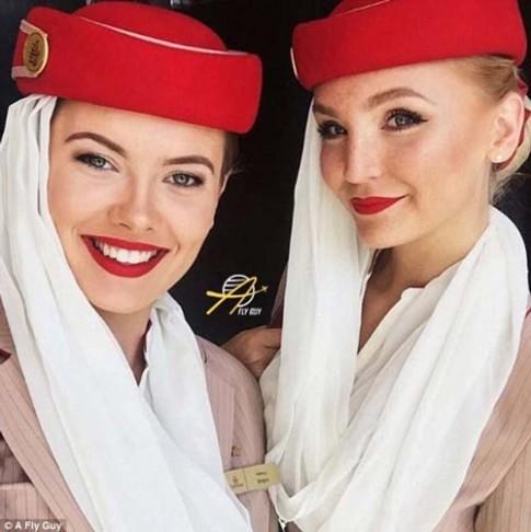 Cùng là tiếp viên hàng không nhưng mỗi quốc gia lại có một vẻ đẹp vô cùng đặc biệt