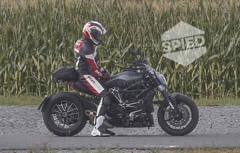 Ducati Diavel 2016 lo dien
