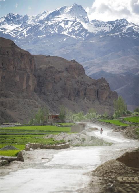 Hanh trinh 4.500 km tren day Himalaya