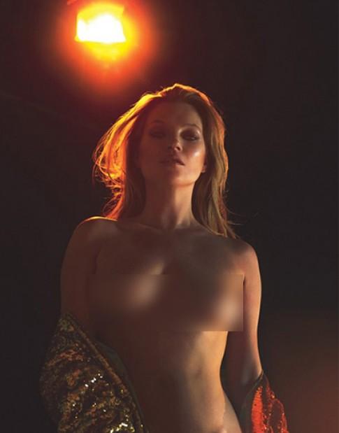Kate Moss chup anh khoa than o tuoi 43