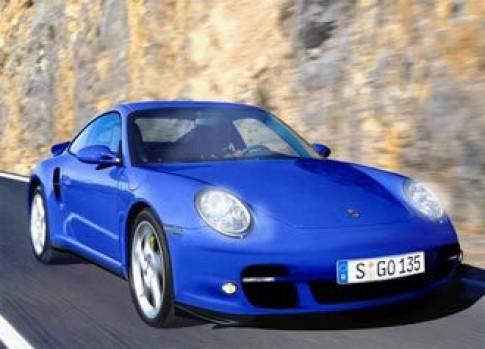 Porsche chuan bi banh truong