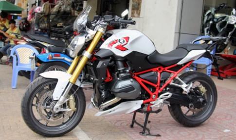 Xe doc BMW R1200R Sport 2015 cap cang Sai Gon