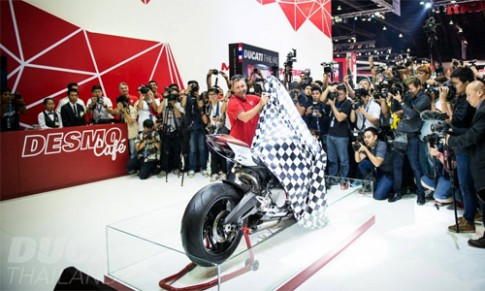 Ducati 899 Panigale - phien ban dua gia 28.200 USD