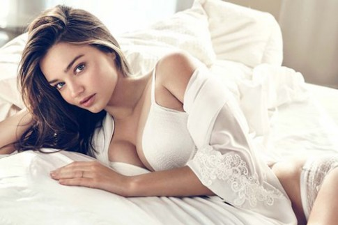 Miranda Kerr - 'vien keo ngot' doi voi canh may rau