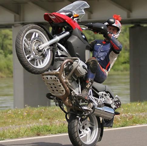 R1200GS - moto thanh cong nhat cua BMW
