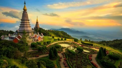 Ve may bay khu hoi Dong Hoi - Chiang Mai gia 100 USD