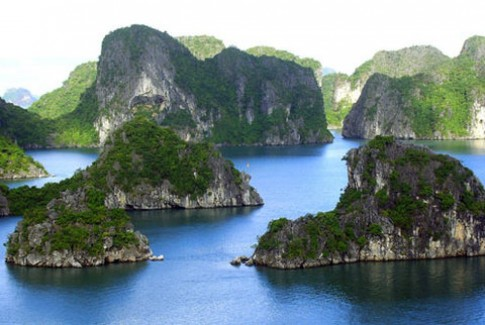 Vinh Ha Long vao top di san dep nhat chau A