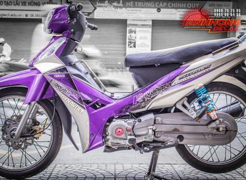 Yamaha Sirius an tuong voi gam mau tim noi bat tu Anh Hong Decal