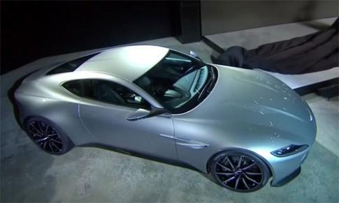 Anh Aston Martin DB10