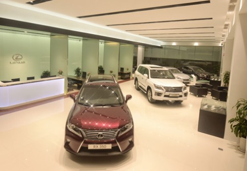 Dang cap showroom dau tien cua Lexus Viet Nam