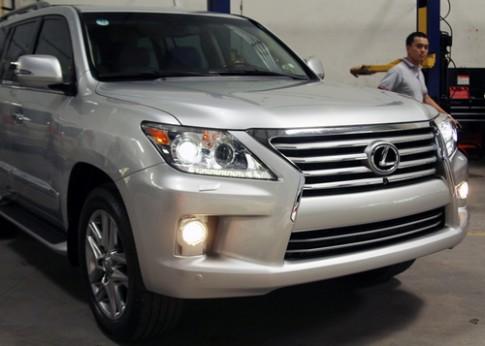 'Len doi' cho Lexus LX570 2013 tai Viet Nam