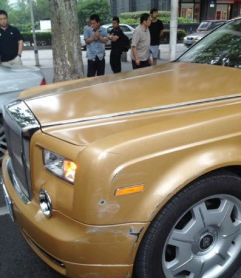 Rolls-Royce Phantom 'hon' Peugeot 307