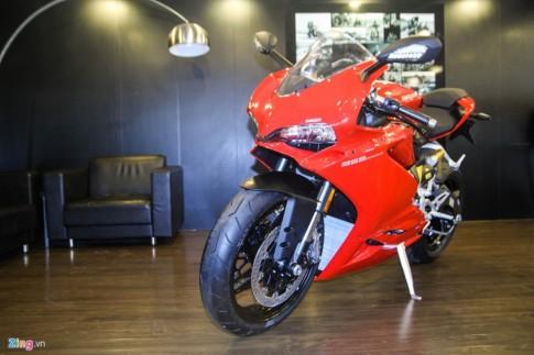 Can canh Ducati 959 Panigale gia 592 trieu Dong tai Viet Nam