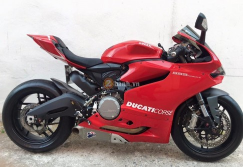 Ducati 899 Panigale trang bi mot so option cuc chat
