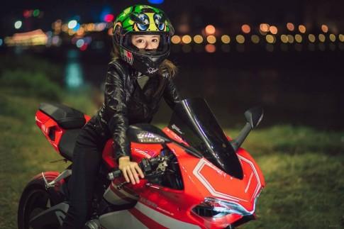 Ducati 899 Panigale trong bo anh day lang man cua cap doi Sai Thanh