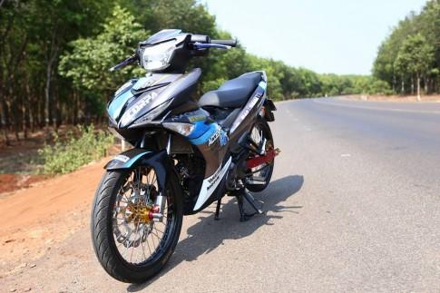 Exciter do manh tay cua 1 biker Dong Nam Bo .