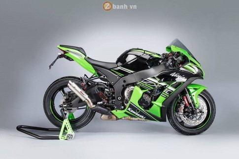 Kawasaki Ninja ZX-10R 2016 day loi cuon trong ban do full Lightech