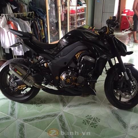 Kawasaki Z1000 cuc than di dong voi dan do choi don gian ma ton kem