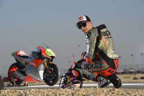 Stefan Bradl chinh thuc xac nhan se ngung tham gia giai MotoGP vao nam toi