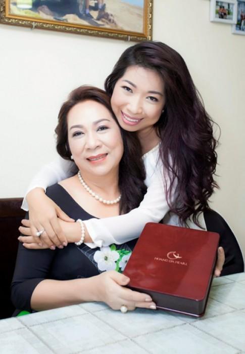 Trang sức ngọc trai ý nghĩa dành tặng mẹ