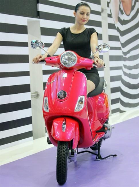 Vespa LX125 - scooter gia 1.100 USD