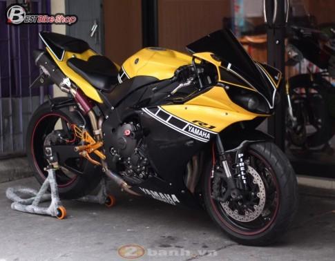 Yamaha R1 2009 - qua khu ua ve