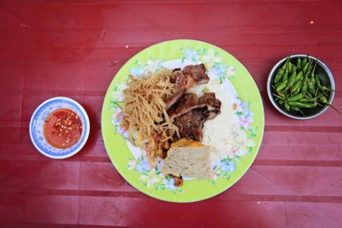10 món ngon nổi tiếng ở Sài Gòn và Hà Nội