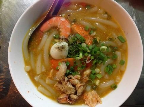 5 mon banh canh hut khach o Sai Gon
