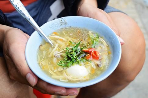 5 món đường phố cho chiều mưa lang thang Đà Lạt