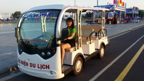 Hoi An, Phu Quoc sap co xe dien phuc vu khach du lich