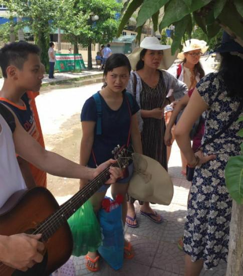 Khach san o Thanh Hoa tu choi phuc vu vi khach khong dat com