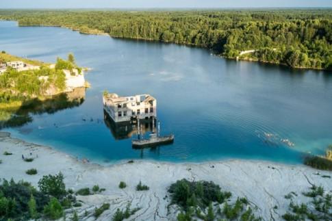 Nhà tù chìm trong biển nước ở Estonia
