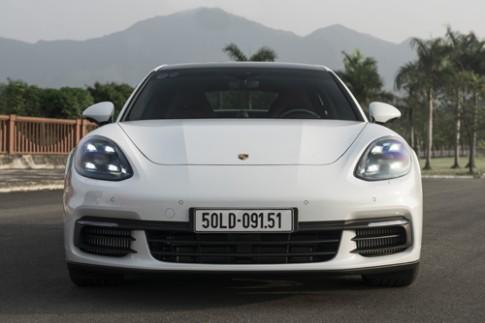 Porsche Panamera 4S 2017 - cai gia cua 8 ty tai Viet Nam