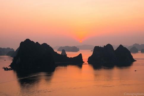 Vịnh Hạ Long - bối cảnh phim Kong: Skull Island nhìn từ trên cao