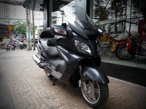 Xe tay ga Suzuki Burgman 650 Excutive ve Viet Nam