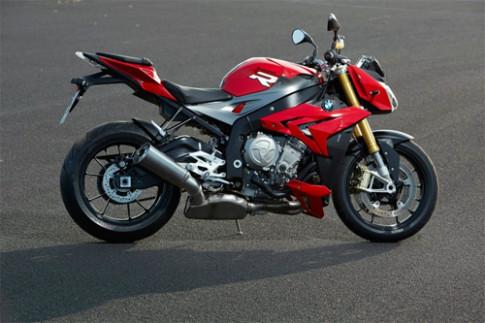 BMW S1000R - phiên bản nakedbike của S1000RR
